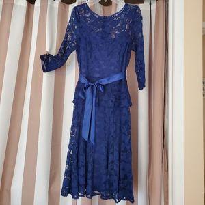 Leslie Fay Navy Blue Lace Dress